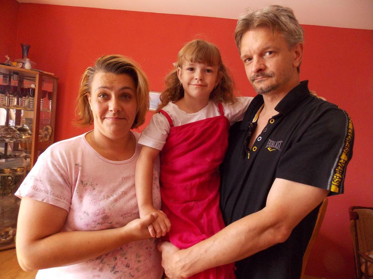 Pomozte mé dceři chodit se starším mužem