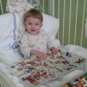 Každý den 10 hodin dialýzy – příběh čtyřleté Andulky