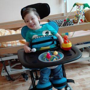 Příspěvky Dobrých andělů odkládáme stranou ašetříme na rehabilitace – příběh Danečka