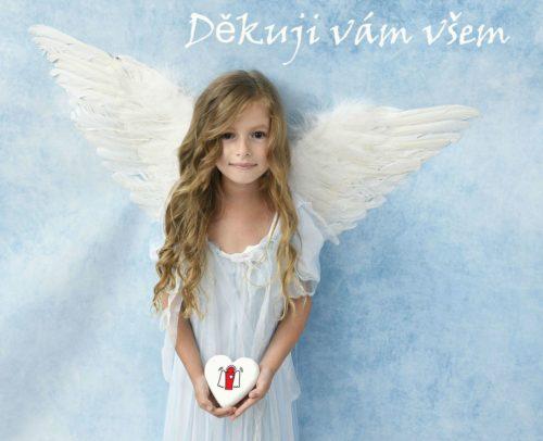 Adélka jako andílek děkuje všem