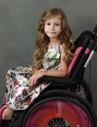 Adélka na vozíčku