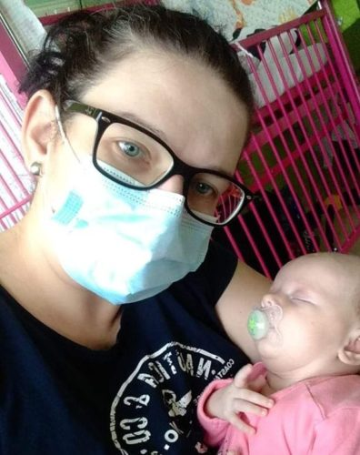 Elinka krátce po narození smaminkou vnemocnici