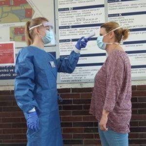 Nezapomínejte se usmívat – rozhovor spaní Janou, zdravotní sestrou na dětské onkologii aonkologickou pacientkou