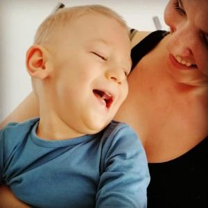 Syn vyžaduje neustále kontakt apřítomnost rodiče, je to velmi náročné – příběh Davídka