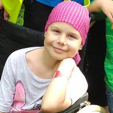 Drobný úraz odhalil zhoubný nádor kosti azachránil jí život – příběh Veroniky